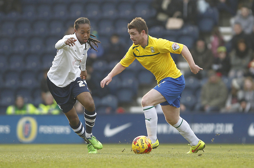 Coventry City's John Fleck takes on Preston North End's Daniel Johnson<br /> <br /> Photographer Mick Walker/CameraSport<br /> <br /> Football - The Football League Sky Bet League One - Preston North End v Coventry City - Saturday 7th February 2015 - Deepdale - Preston<br /> <br /> &copy; CameraSport - 43 Linden Ave. Countesthorpe. Leicester. England. LE8 5PG - Tel: +44 (0) 116 277 4147 - admin@camerasport.com - www.camerasport.com