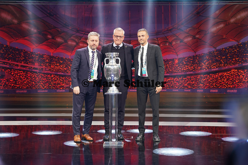 Nationaltrainer Gruppe E: Jerzy Brzęczek (Polen), Janne Andersson (Schweden), Robert Moreno (Spanien) - 30.11.2019: UEFA EURO2020 Auslosung, Romexpo Bukarest, DISCLAIMER: UEFA regulations prohibit any use of photographs as image sequences and/or quasi-video.