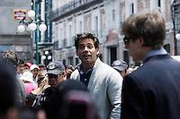 CRISTIAN DE LA FUENTE caminado por el zócalo de Puebla,Puebla.  2 Mayo 2014<br /> (*Foto:HildaRios/NortePhoto*) paparazzi a CRISTIAN DE LA FUENTE caminado por el zócalo de Puebla,Puebla.  2 Mayo 2014<br /> (*Foto:HildaRios/NortePhoto*)