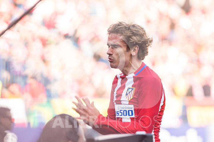 Antoine Griezmann of Atletico de Madrid reacts  during the match of Spanish La Liga between Atletico de Madrid and Futbol Club Barcelona at Vicente Calderon Stadium in Madrid, Spain. February 26, 2017. (ALTERPHOTOS)