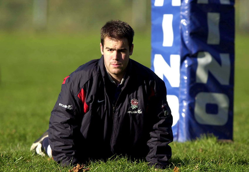 Photo. Richard Lane. .England Squad Training at Sandhurst, Surrey. 14-11-2001.Charlie Hodgson prepares for his England debut on Saturday.