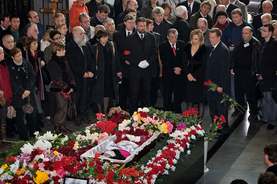 Moscow, Russia, 10/10/2006.Anna Politkovskaya's daughter Vera surrounded by friends, relatives and Russian politicians at the memorial service for her mother, the Novaya Gazyeta journalist murdered in an apparent contract killing believed to be connected with her work.