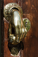 ESP, Spanien, Andalusien, Provinz Cádiz, Arcos de la Frontera: Tuerklopfer   ESP, Spain, Andalusia, Province Cádiz, Arcos de la Frontera: door knocker