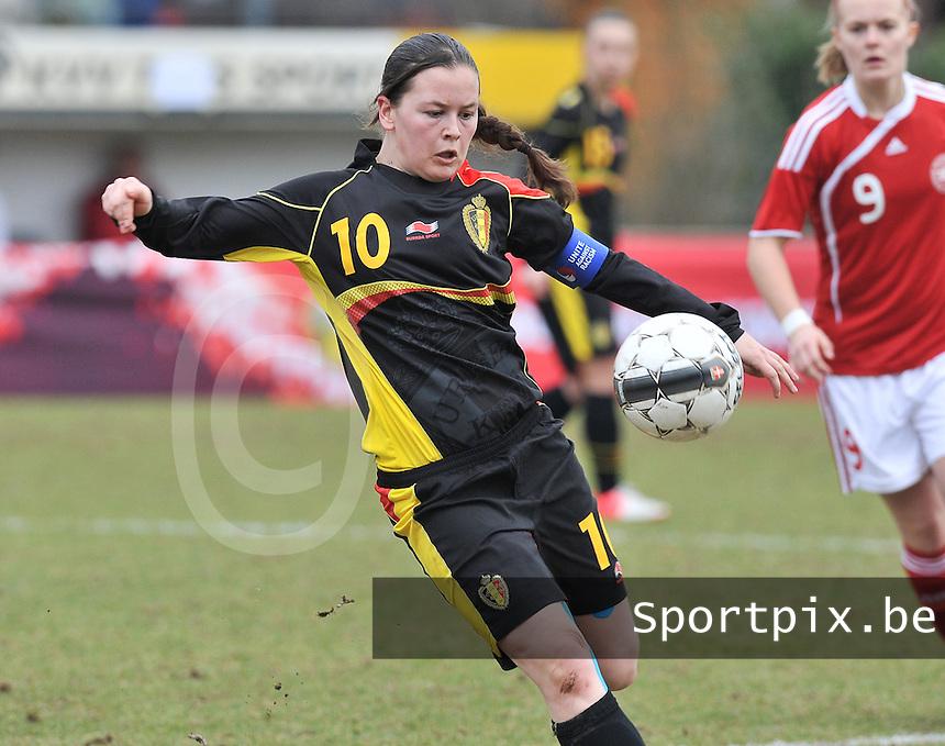 Denmark U17 - Belgium U17 : Valentine Hannecart.foto DAVID CATRY / Vrouwenteam.be
