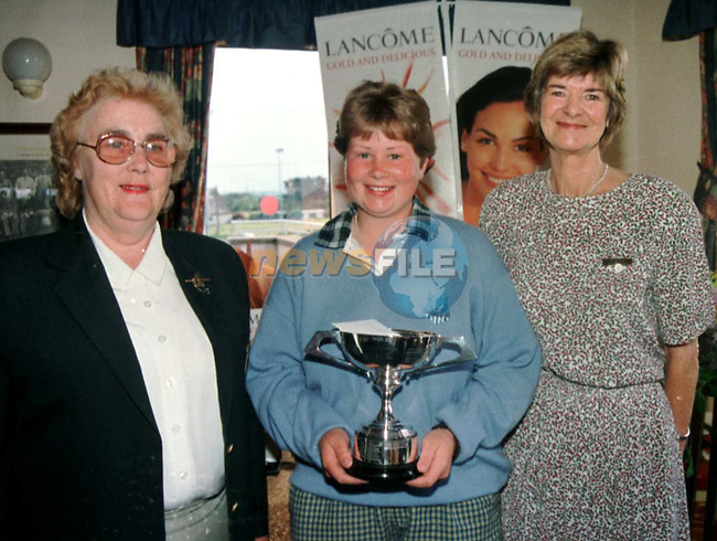 CLARE CUNNINGHAM FROM CORK RUNNER UP IN THE LANCOME LADIES JUNIOR GOLF OPEN HELED IN LAYTOWN & BATTYSTOWN GOLF CLUB, WITH GILETTE McHUGH I.L.G.U. AND GRACE MORRIS LADY CAPTAIN OF LAYTOWN & BETTYSTOWN GOLF CLUB..PIC: FRAN CAFFREY/ NEWSFILE.NO REPRODUCTION FEE