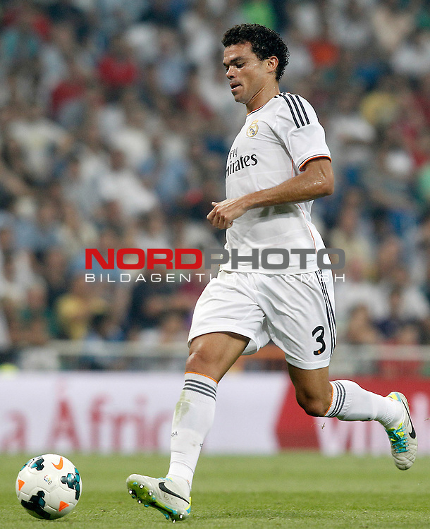 Real Madrid's Pepe during La Liga match.August 18,2013. Foto © nph / Acero)
