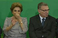 BRASÍLIA, DF, 22.03.2016 – AGENDA-DILMA – A presidente Dilma Rousseff e o ministro da Justiça, Eugênio Aragão durante encontro com Juristas pela Legalidade e em Defesa da Democracia, no Palácio do Planalto, na manhã desta terça-feira, 22. (Foto: Ricardo Botelho/Brazil Photo Press)