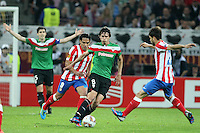 BUKARESZT 09.05.2012.MECZ FINAL LIGA EUROPY SEZON 2011/12: ATLETICO MADRYT - ATHLETIC BILBAO --- UEFA EUROPA LEAGUE FINAL 2012 IN BUCHAREST: CLUB ATLETICO DE MADRID - ATHLETIC CLUB DE BILBAO.FALCAO  ANDER ITURRASPE.FOT. PIOTR KUCZA.---.Newspix.pl