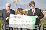 CHEQUE: Dora O'Callaghan centre who was presented with the Lee Strand winning February cheque of EUR5,000 by Jerry Dwyer and Tim O'Keeffe(Lee-Strand) on Friday morning at Lee Strand HQ, Tralee..    Copyright Kerry's Eye 2008