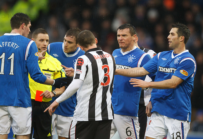 Lee McCulloch sees red