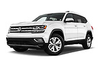 Stock pictures of low aggressive front three quarter view of 2018 Volkswagen Atlas SEL 5 Door SUV