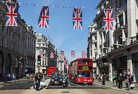 United Kingdom, London: Regent street with Union Jacks | Grossbritannien, England, London: Regent street mit Union Jacks