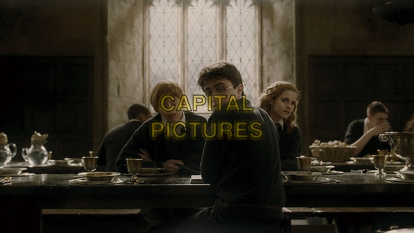 RUPERT GRINT, DANIEL RADCLIFFE & EMMA WATSON.in Harry Potter and the Half-Blood Prince.*Filmstill - Editorial Use Only*.CAP/FB.Supplied by Capital Pictures.