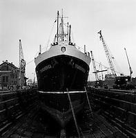 Scheepswerf Beliard Murdoch in Antwerpen.  Maart 1963.  Schip Transamerica.