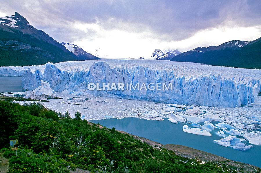 Parque Nacional dos Glaciares na Patagônia Argentina. 1991. Foto de Luciana Whitaker.
