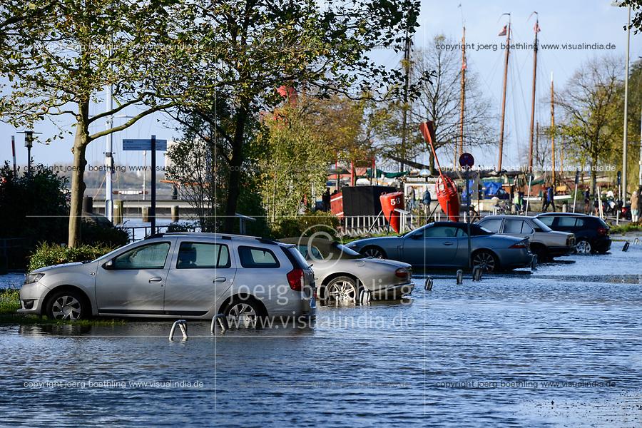 GERMANY Hamburg, flood / DEUTSCHLAND, Hamburg, Oevelgoenne, Hochwasser nach Sturmflut