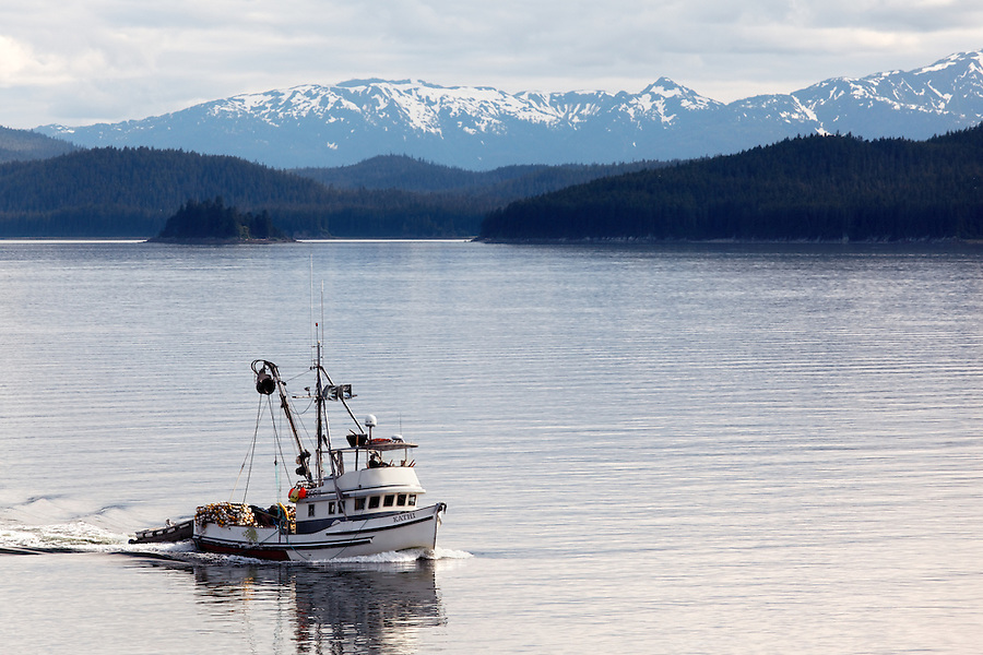 Purse seine Kathi running on Frederick Sound, Alaska, USA