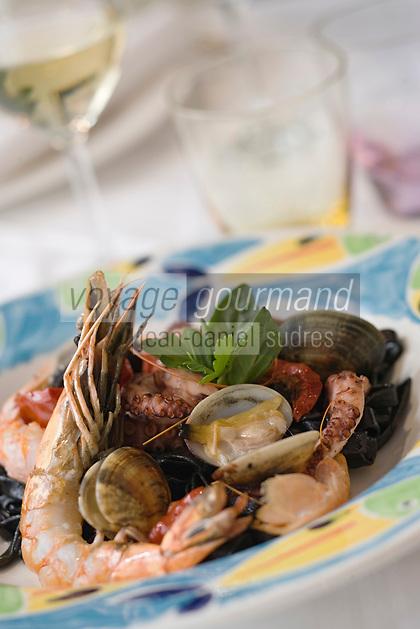 """Europe/France/Ile de France/75/Paris: pâtes aux gambas et palourdes recette de G Burckli du restaurant """"Romain"""" 40 rue St Georges"""