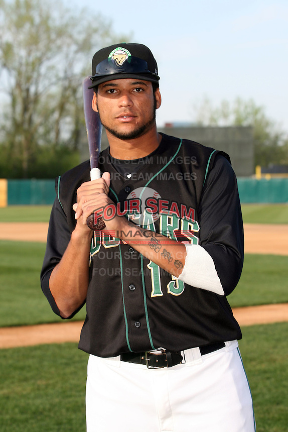 April 11 2010: Franklin Hernandez of the Kane County Cougars at Elfstrom Stadium in Geneva, IL. The Cougars are the Low A affiliate of the Oakland A's. Photo by: Chris Proctor/Four Seam Images