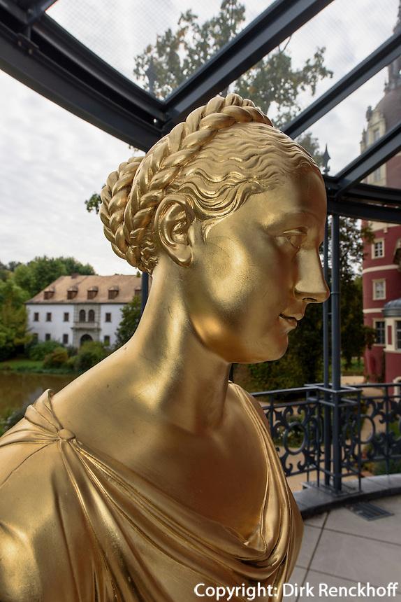 B&uuml;ste Gr&auml;fin Jeanette Caroline von Alop&auml;us, 1783-1869, Neues Schloss im F&uuml;rst P&uuml;ckler Park, Bad Muskau, Sachsen, Deutschland, Europa, UNESCO-Weltkulturerbe<br /> Bust of countess Jeanettevon Alop&auml;us, New Palace in F&uuml;rst P&uuml;ckler Park, Bad Muskau, Saxony, Germany, Europe, UNESCO-World Heritage