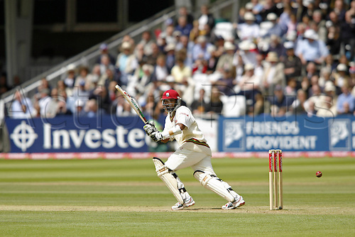 19 May 2007:  West Indies opening batsman Daren Ganga batting during the first Innings of the first npower test match between England and West Indies at Lords, London. Photo: Neil Tingle/Actionplus...070519 cricketer cricket player