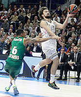 Real Madrid's Sergio Llull (r) and Panathinaikos Athens' A.J. Slaughter during Euroleague match.January 22,2015. (ALTERPHOTOS/Acero) /NortePhoto<br /> NortePhoto.com