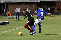 CUCUTA -COLOMBIA- 28-08-2013. Accion de juego entre   Millonarios  contra el Cucuta Deportivo,  partido correspondiente a la septima fecha de la  Liga Postobon segundo semestre disputado en el estadio Guiilermo Plazas Alcid  /  Millonarios dispute the ball against  of Cucuta Deportivo game for the seventh time in the second half Postobon League match at the stadium Guiilermo Plazas Alcid. Photo: VizzorImage / Manuel Hernández / Stringer