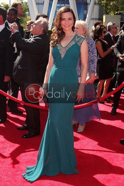 Linda Cardellini<br /> at the Primetime Creative Arts Emmy Awards  2013 Arrivals, Nokia Theater, Los Angeles, CA, 09-15-13<br /> David Edwards/DailyCeleb.Com 818-249-4998