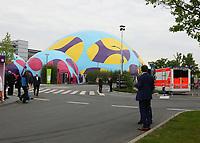 Ruhe vor der Ankunft der Kanzlerin am Festgelände - 03.05.2018: Festakt zu 350 Jahre Merck in Darmstadt mit Bundeskanzlerin Angela Merkel