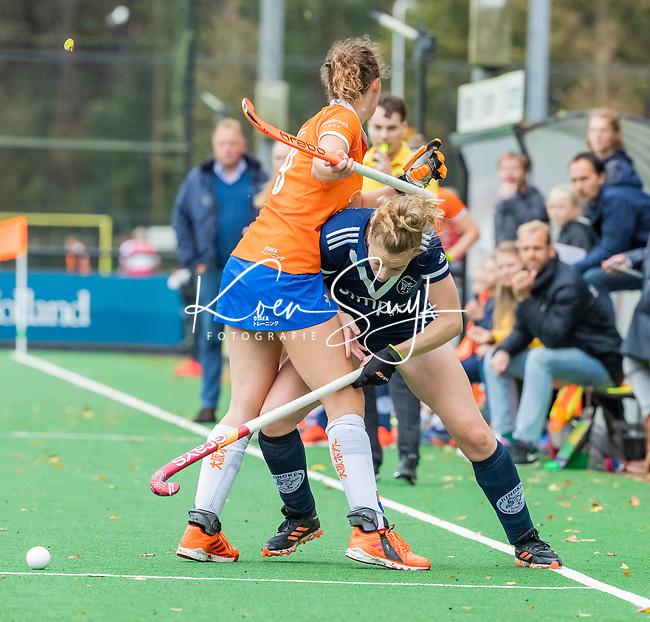 BLOEMENDAAL  -  tijdens de hoofdklasse competitiewedstrijd vrouwen , Bloemendaal-Pinoke (1-2) . COPYRIGHT KOEN SUYK