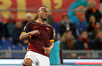 Calcio, Serie A:  Roma vs Palermo. Roma, stadio Olimpico, 21 febbraio 2016. <br /> Roma&rsquo;s Maicon reacts during the Italian Serie A football match between Roma and Palermo at Rome's Olympic stadium, 21 February 2016.<br /> UPDATE IMAGES PRESS/Riccardo De Luca