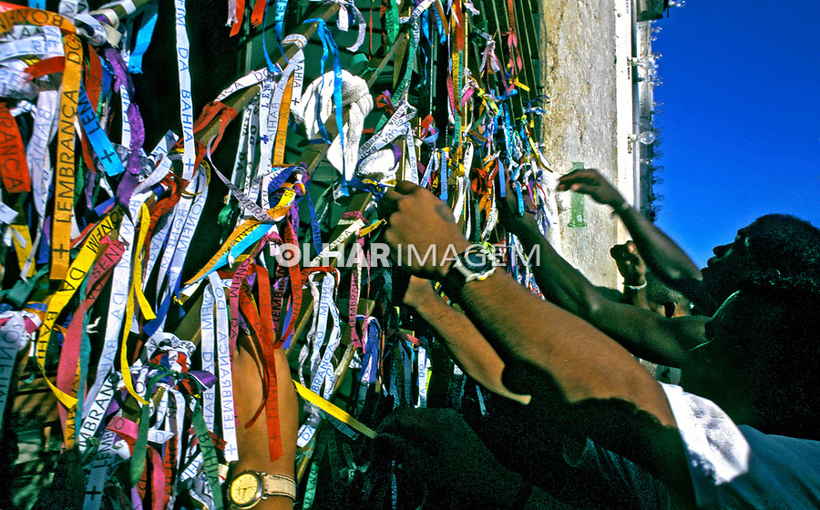Lavagem da igreja do Bonfim, Salvador. Bahia. 1994. Foto de Ricardo Azoury.