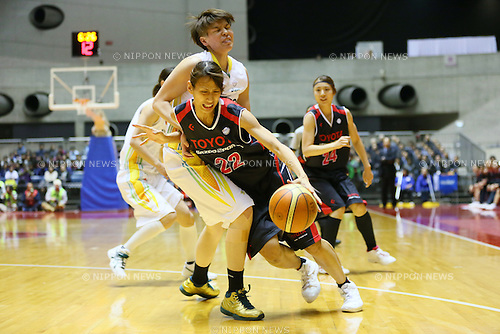 (L to R) <br /> Ramu Tokashiki (Sunflowers), <br /> Mutya Mori (Antelopes), <br /> JANUARY 12, 2014 - Basketball : <br /> All Japan Basketball Championship 2014 <br /> Empress's Cup Final <br /> between JX-ENEOS Sunflowers 69-61 TOYOTA Antelopes <br /> at 1st Yoyogi Gymnasium, Tokyo, Japan. <br /> (Photo by YUTAKA/AFLO SPORT) [1040]