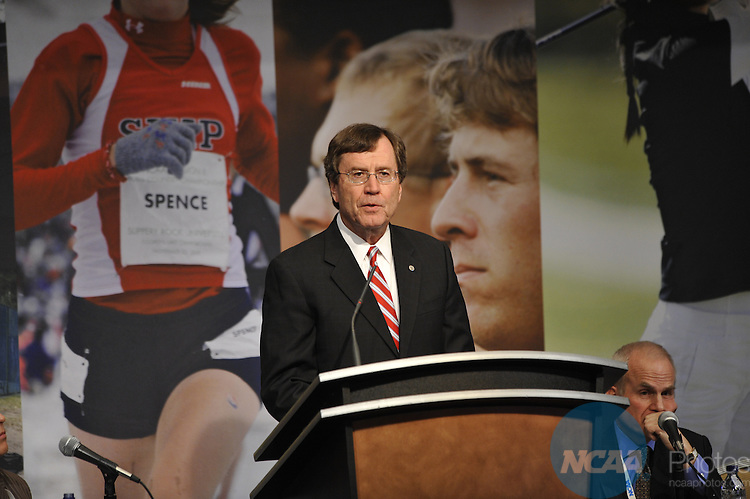 12 JAN 2010: The Scholarly Colloquium on College Sports at the 2010 NCAA Convention held at the Marriott Marquis and the Hyatt Regency in Atlanta, GA. Stephen Nowland/NCAA Photos.Pictured: Gerald Turner