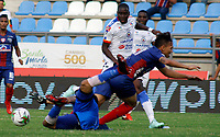 SANTA MARTA- COLOMBIA, 03-03-2019: Acción de juego entre los equipos Unión Magdalena y el Deportivo Pasto  durante partido por fecha 8 de la Liga Águila I 2019 jugado en el estadio Sierra Nevada de la ciudad de Santa Marta. / Action game between  Union Magadalena  and  Deportivo Pasto  during match for the date 8 as part of the  Aguila League  I 2019 played at the Sierra Nevada Stadium in Santa Marta  city. Photo: VizzorImage /Gustavo Pacheco / Contribuidor