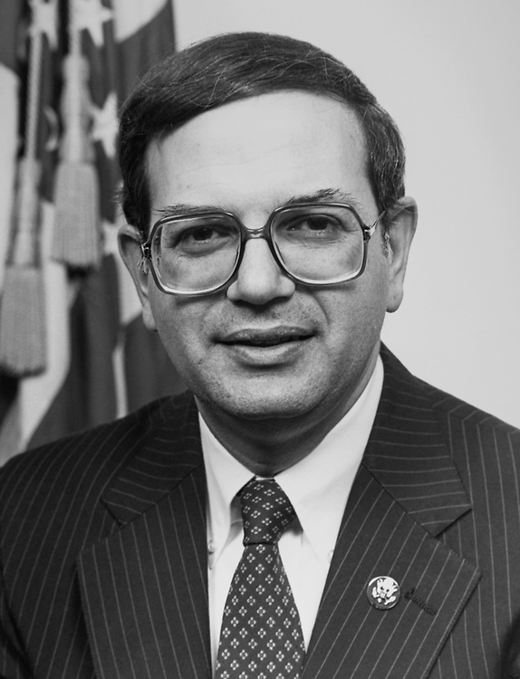 Rep. Martin Frost, D-Tex., in January 1991. (Photo by CQ Roll Call via Getty Images)