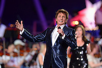 "July 3, 2013  (Washington, DC)  Entertainer Barry Manilow performs at the 2013 ""A Capitol Fourth"" concert rehearsal at the U.S. Capitol on July 3, 2013.  (Photo by Don Baxter/Media Images International)"