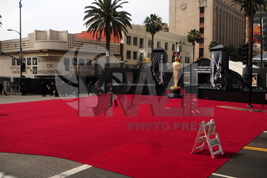 LOS ANGELES, EUA, 26.02.12 - CERIMONIA OSCAR-  Vista do tapete vermelho momentos antes da cerimonia o Trofeu Oscar em Hollywood na California na noite desse domingo. FOTO: BRUNO MAESTRINI - BRAZIL PHOTO PRESS.