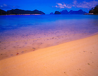 White sand beach on Snake Island, El Nido Protected Area, Bacuit Bay, Philippines
