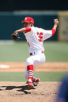 April 15, 2009:  Pitcher Eduardo Sanchez (36) of the Palm Beach Cardinals, Florida State League Class-A affiliate of the St. Louis Cardinals, delivers a pitch during a game at Roger Dean Stadium in Jupiter, FL.  Photo by:  Mike Janes/Four Seam Images