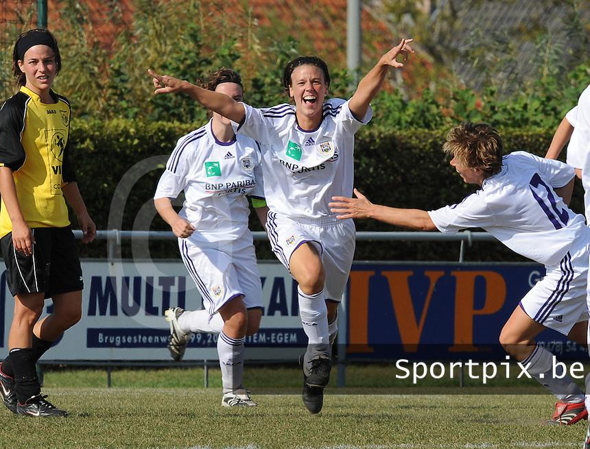 DVK Egem - RSC Anderlecht : Marjorie De Rammelaere scoort voor Anderlecht.foto DAVID CATRY / Vrouwenteam.be