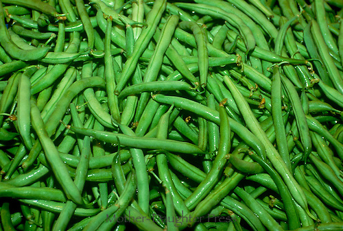 Fresh green beans at farmers market