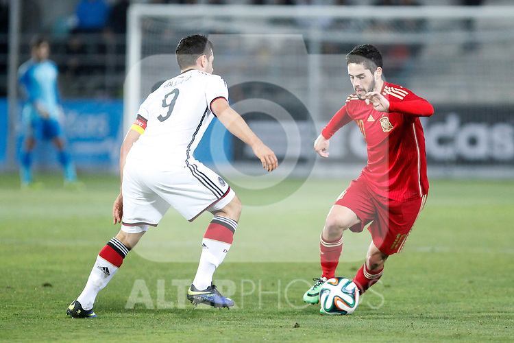Spain's Isco (R) and Germany's Volland during international Sub21 friendly match. March 4, 2014. (ALTERPHOTOS/Victor Blanco)