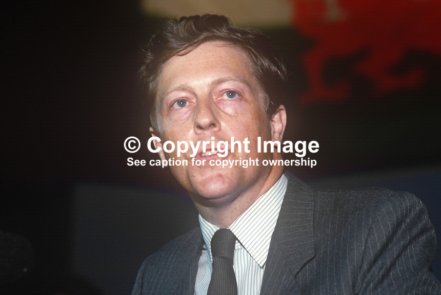Robert Harvey, MP, Clwyd, Wales, Conservative Party, UK, June, 1986, 19860607RH<br />
