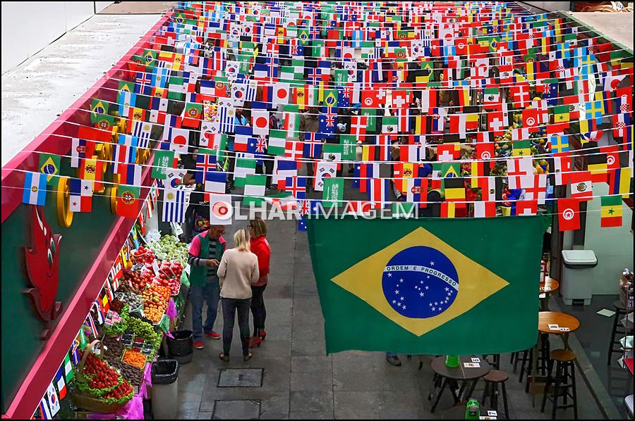 Decoraçao da Copa do Mundo, Mercado Municipal, Sao Paulo. 2018. Foto de Juca Martins.