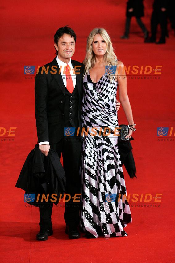 Giulio Base e Tiziana Rocca.Roma 27/10/2011 Festival Internazionale del Film di Roma. International Rome Film Fest. The Lady Red Carpet..Photo Samantha Zucchi Insidefoto