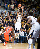 Justin Cobbs of California shoots the ball during the game against Oregon State Beavers at Haas Pavilion in Berkeley, California on January 31st, 2013.  California defeated Oregon State, 71-68.