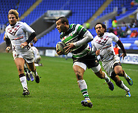 READING, ENGLAND : Jonathan Joseph of London Irish runs in for a try during the Amlin Challenge Cup match between London Irish and Bordeaux-Begles at Madejski Stadium on January 18, 2013 in Reading, England.