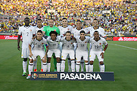PASADENA - UNITED STATES, 07-06-2016: Jugadores de Colombia posan apra una foto previo al partido del grupo A, fecha 2, entre Colombia (COL) y Paraguay (PAR) por la Copa América Centenario USA 2016 jugado en el estadio Rose Bowl en Pasadena, California, USA. /  Players of Colombia pose to a photo during the formal events prior the match of the group A  between Colombia (COL) and Paraguay (PAR) for the date 2 of the Copa América Centenario USA 2016 played at Rose Bowl stadium in Pasadena, California, USA. Photo: VizzorImage/ Luis Alvarez /Str