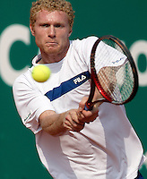 17-4-06, Monaco, Tennis,Master Series, Tursunov in action against Ferrero